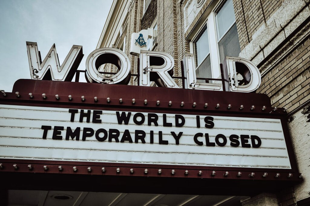 world is closed - Nowe wcielenie